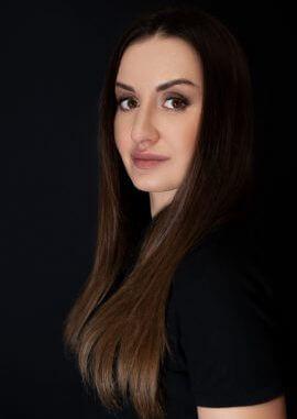 стоматолог Татаріна Катерина Володимирівна